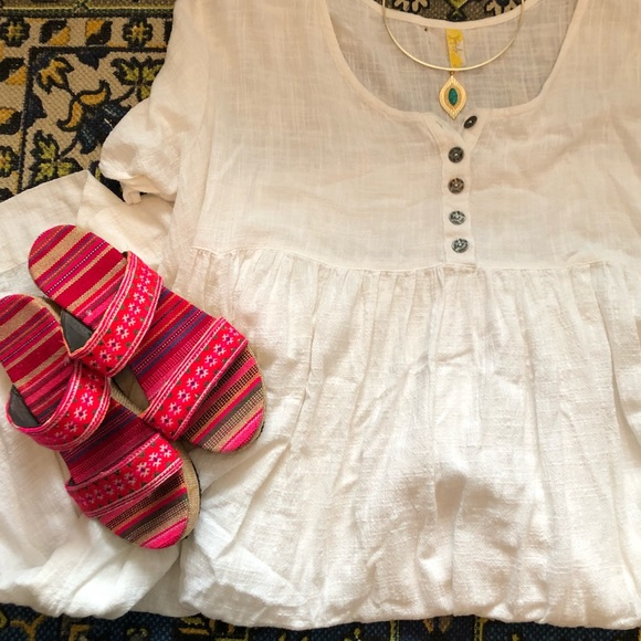 Free People Dresses & Skirts - Free people linen dress with slip